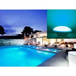 Illuminazione della piscina in giardino arredamento giardini - Strisce led per bordo piscina ...