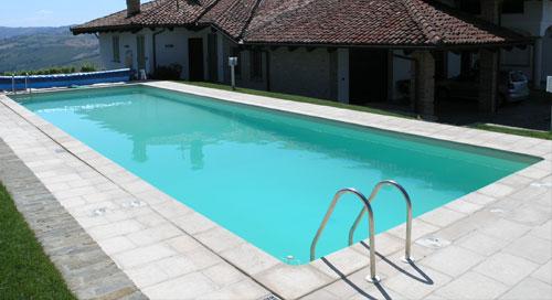 la piscina in muratura per il giardino arredamento giardini