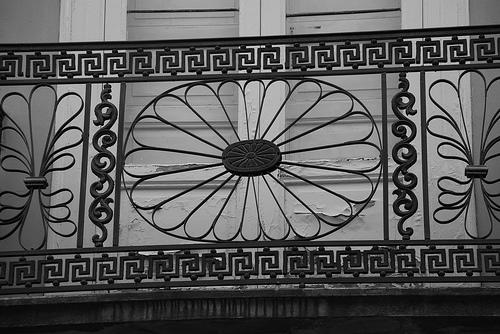 Le ringhiere in ferro battuto arredamento giardini for Arredamento ferro battuto